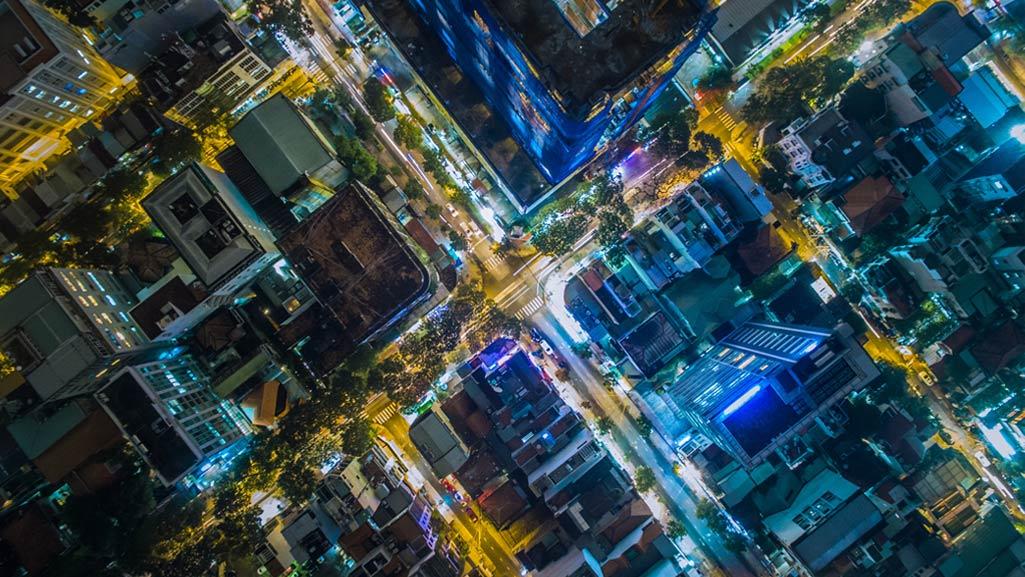 vue d'une ville illuminée