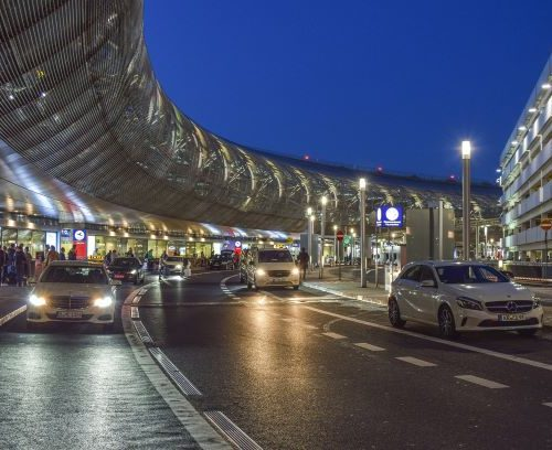 TRB Annual Meeting 2020: Drop-off area at an airport
