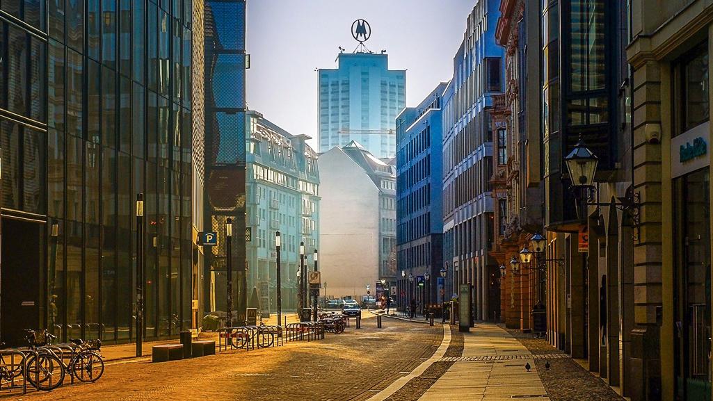 Leere Straße Leipzig