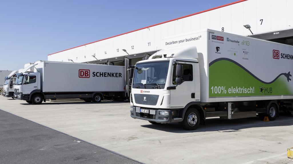 iHub: E-Laster bei DB Schenker in Berlin