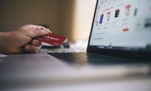 Online shopping in December