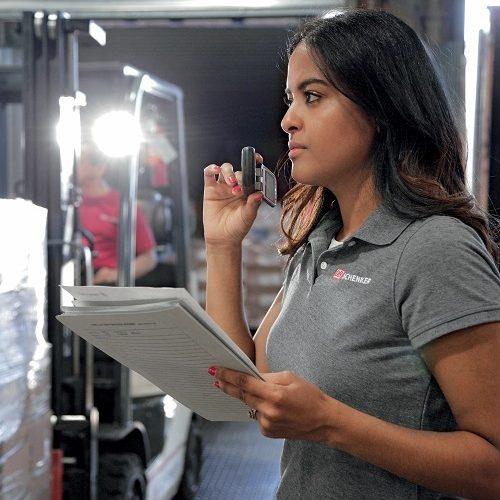 Rosa Rodriguez arbeitet bei DB Schenker in New York als Supervisor.